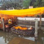 【ネパール観光】ブダニールカンタ寺院と坂の上のローカルレストランに行ってきた 写真15枚
